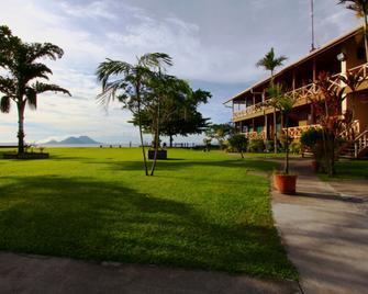 Rapopo Plantation Resort - Kokopo - Outdoors view