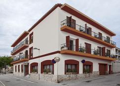 Hostal Residencia Catalina - Palamós - Rakennus