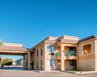 Rodeway Inn - Tucumcari - Building