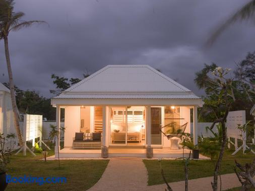塔瑪姆海灘酒店 - 特奧烏馬 - 維拉港 - 建築