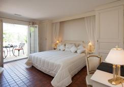 Auberge de Cassagne & Spa - Le Pontet - Bedroom