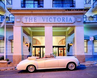 Ax The Victoria Hotel - Sliema - Building