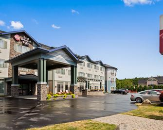 Best Western Plus Vineyard Inn & Suites - Penn Yan - Gebouw