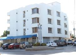 Barbacoa Hotel - Riohacha - Building