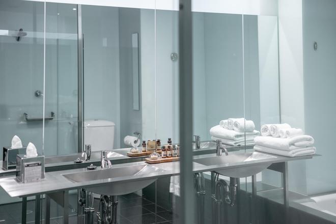 โรงแรมอเดลฟี - เมลเบิร์น - ห้องน้ำ