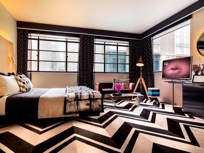 Adelphi Hotel - Melbourne - Bedroom