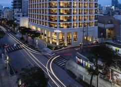 Jr Kyushu Hotel Blossom Naha - Naha - Building
