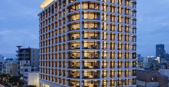 Jr Kyushu Hotel Blossom Naha - Naha - Toà nhà