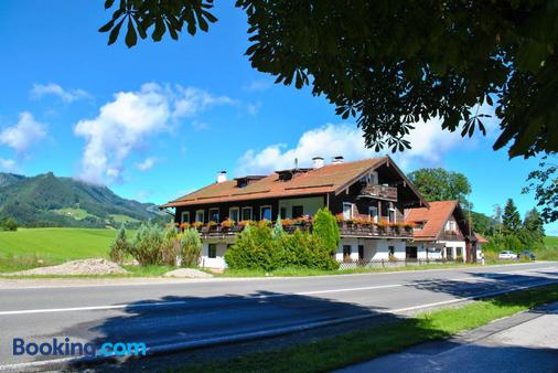 Pension Rauschberghof - Ruhpolding - Building