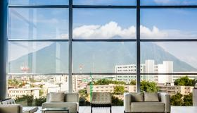 Fiesta Inn Monterrey Tecnológico - Monterrey - Balcony