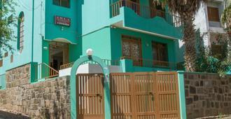 Arla Residencial - Mindelo - Gebäude