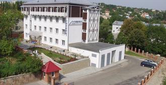Mariot Medical Center Hotel - Truskavets - Edificio