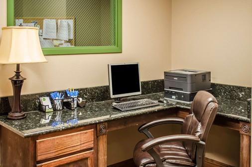 Comfort Inn and Suites Mobile near Eastern Shore Centre - Daphne - Business Center