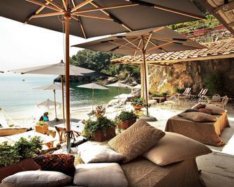 Eco Del Mare Night And Day Beach Club - Lerici - Uteplats