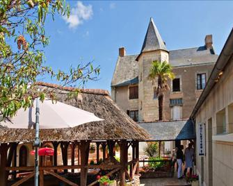 Splendid Hôtel - Le Puy-Notre-Dame - Вигляд зовні