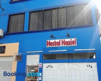Hostal Haziel - Salinas (Santa Elena) - Edificio