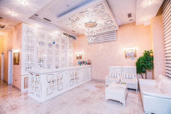 Admiral Hotel Baku - Baku - Front desk