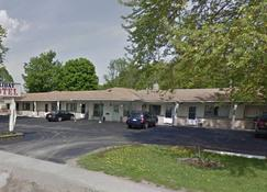 Holiday Motel - Orillia - Building