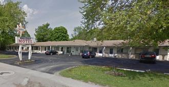 Holiday Motel - Orillia - Building