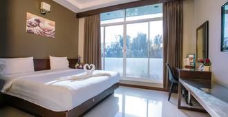 Jintana Resort - Buri Ram - Bedroom