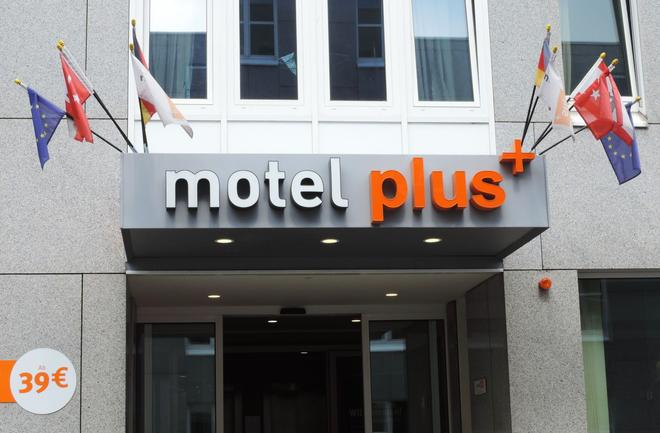 Motel Plus Berlin - Berliini - Rakennus