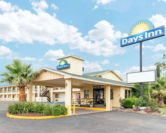 Days Inn by Wyndham Snyder - Snyder - Building