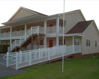 Shore Stay Suites - Cape Charles - Building
