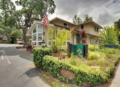 Saratoga Oaks Lodge - Saratoga - Gebäude