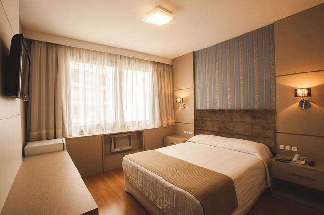 Curitiba Palace Hotel - Curitiba - Habitación