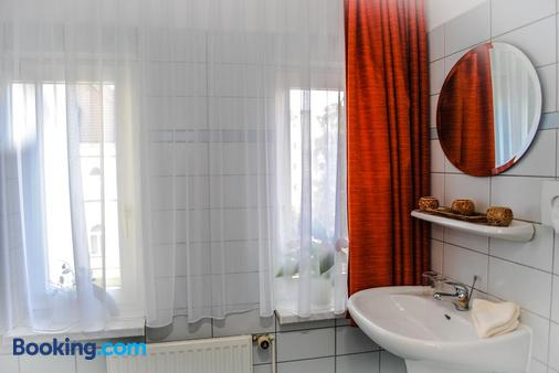 Garni Eden Hotels - Heringsdorf - Bathroom