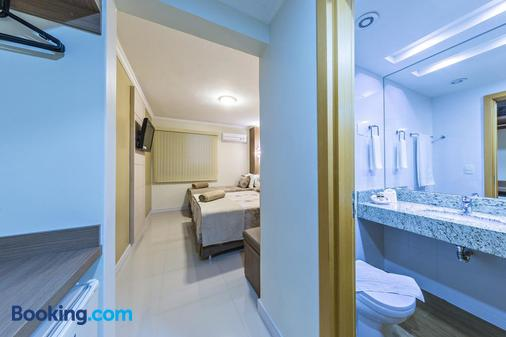 Hotel Thomasi Londrina - Londrina - Bathroom