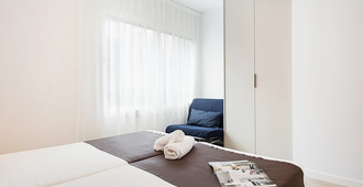 Bcnstop Sagrada Familia Apartments - Barcelona - Bedroom