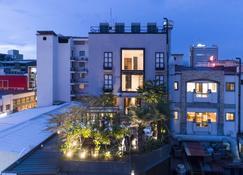 Hotel Presidente - San José - Building