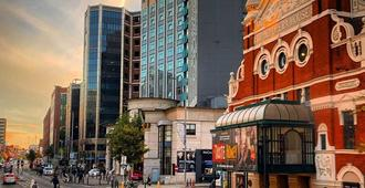 Europa Hotel - Belfast - Building