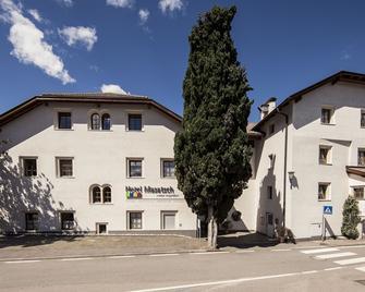 Hotel Masatsch - Caldaro - Building