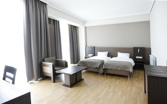 Hotel Colombi - Tbilisi - Bedroom