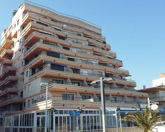 Apartamentos Bernat Pie De Playa 3000 - Oropesa - Building