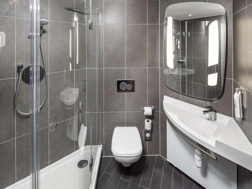 ibis London Canning Town - London - Bathroom