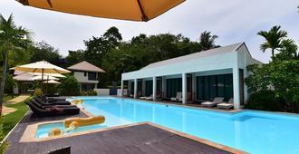 Mook Lamai Resort And Spa - Ko Muk - Pool