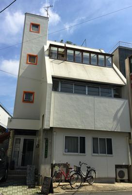 Bonsai Guesthouse - Hostel - Osaka - Building