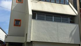 Bonsai Guesthouse - Hostel - Osaka - Rakennus