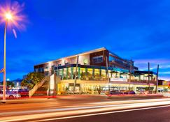 Millennium Hotel New Plymouth, Waterfront - New Plymouth - Budynek
