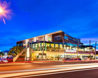 Millennium Hotel New Plymouth, Waterfront - New Plymouth - Building