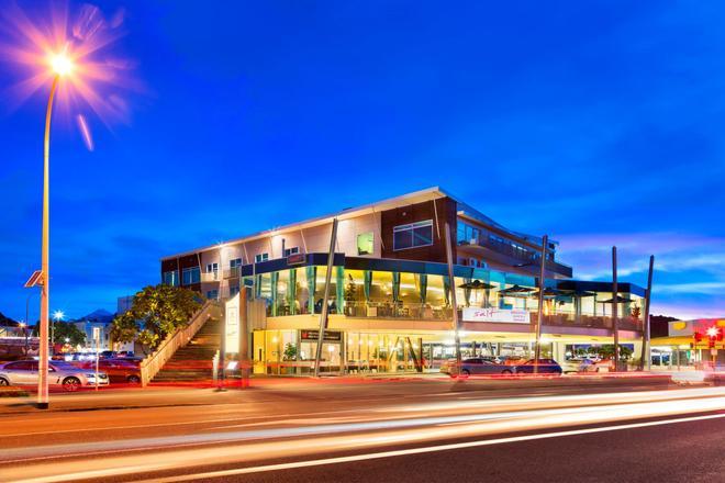 Millennium Hotel New Plymouth, Waterfront - New Plymouth - Rakennus