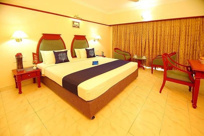 Oyo 881 Fort Gate - Guruvayoor - Bedroom