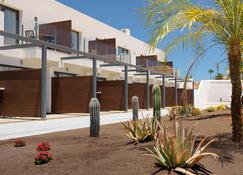 H10 Ocean Dreams Boutique Hotel - Adults Only - Corralejo - Rakennus
