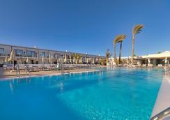H10 海洋夢想酒店精品酒店 - 只招待成人入住 - 拉奧利瓦 - 科拉雷侯 - 游泳池