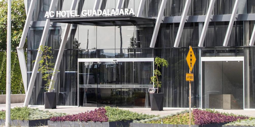 Ac Hotel By Marriott Guadalajara Mexico 71 9 5 Guadalajara Hotel Deals Reviews Kayak