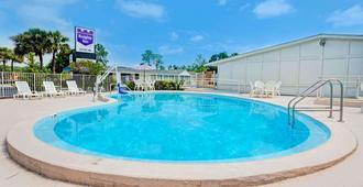 Knights Inn Jacksonville Baymeadows - Τζάκσονβιλ - Πισίνα