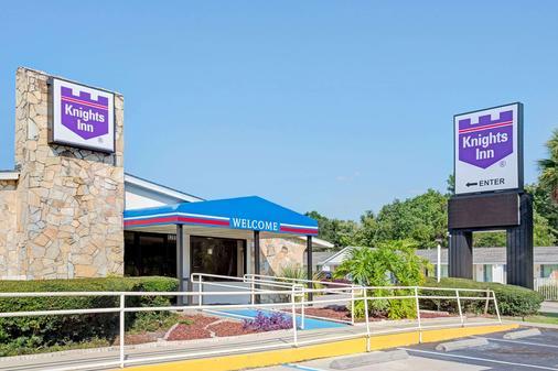 Knights Inn Jacksonville Baymeadows - Jacksonville - Rakennus